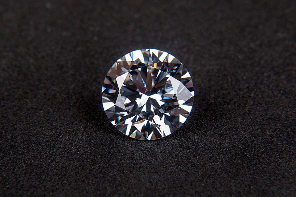 gia鑽石回收價格怎麼看?第一當舖告訴您鑽石回收必須注意的事!