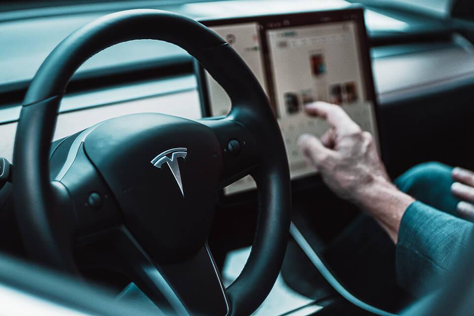 該怎麼找汽車借錢才能避雷?合法免留車借款帶你了解避雷手冊